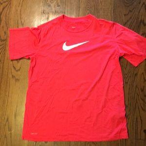 Boys XL Nike Dri-Fit short sleeve shirt